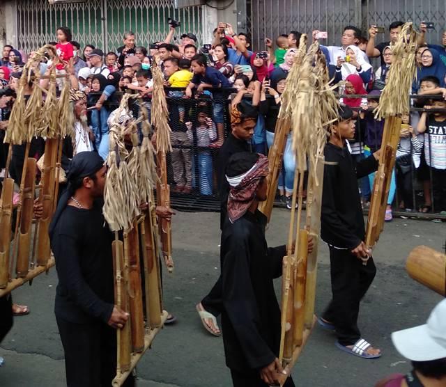 Angklung Gubrak : Tradisi Angklung Jumbo Dari Cigudeg Bogor
