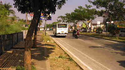 Bus Pusaka Ke Arah Parung