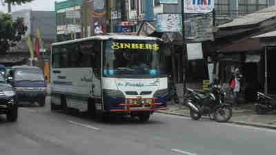 Bis Pusaka di Jalan Soleh Iskandar