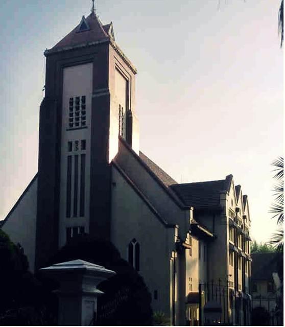 Gereja Zebaoth Bogor - Gereja Ayam