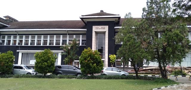 IPB University Campus : Bogor's Cultural Heritage