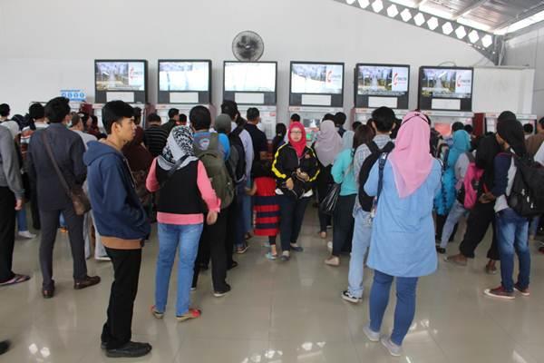 Penjelasan cara naik Commuter Line - Automatic Ticket Vendor Machine
