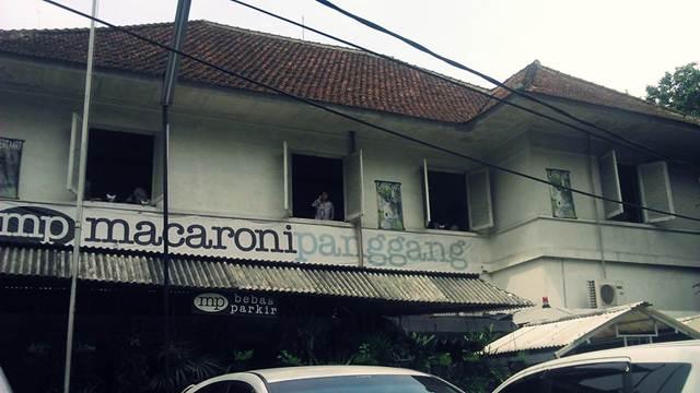Restoran Macaroni Panggang di Taman kencana Bogor