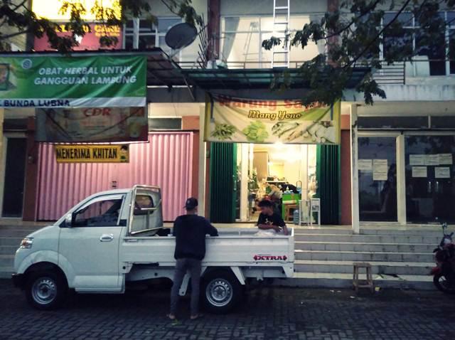 Warung Sayur Bukan Lagi Bisnis Modal Kecil Mang Yono Bukit Cimanggu City