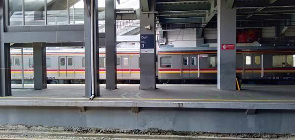 cara menuju kalideres dari bogor dengan commuter line - stasiun duri